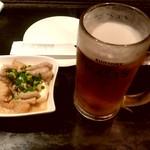 居酒屋 十八番 - 【2018.6.6(水)】もつ煮+生ビール
