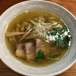 純手打ち 麺と未来 - 塩らーめん 780円