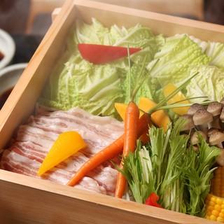 産地や鮮度にこだわった食材
