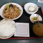 とんかつ熊さん - 料理写真:野菜炒め定食(味噌味)