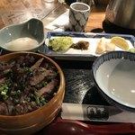 御酒印船 - ☆牛タンひつまぶし(1,706円) 付け合わせの南蛮味噌や笹かまぼこも味が良いです。ひつまぶしとの相性も良かったです♪