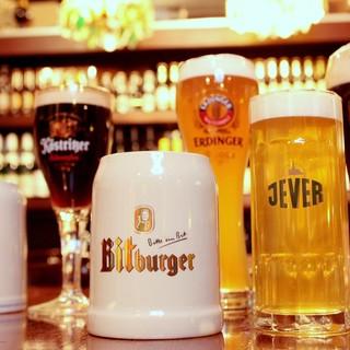 ★ドイツの樽生ビール常時6種&瓶ビール約10種★