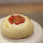 prospero - イタリアントマトとチーズのフォカッチャ☆
