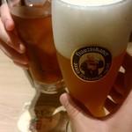 世界のビール博物館 - 乾杯