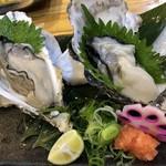 魚輝水産 - 活け牡蠣