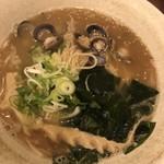麺屋 國 - しじみらーめん 750円
