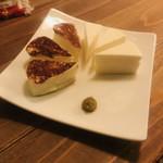 FIESTA GARCIA - 噂の自家製チーズ マイルドな味わいで甘くて美味しい