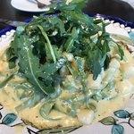 ピッツェリア オオサキ - ホタテ小柱のクリームソース ネリウニ風味 セルバチコを添えて