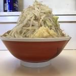 ラーメン豚五里羅Ⅲ - 料理写真:小ラーメン + ヤサイ + ニンニク + 魚粉