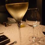 ヒカリヤ ニシ - 甘めのシャンパン☆とても美味しかったです。