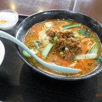 香港料理 栄昇閣 - 坦々麺定食