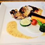 Organic Cafe あたたかなお皿 - メインランチ(麹で柔らか♡大山とりの鉄板焼き)