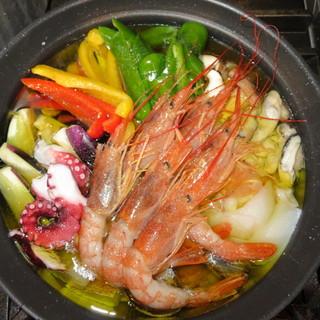 〝アヒージョ鍋〟普通のお鍋に飽きた方にオススメ♪