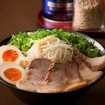 ラーメン ぐっち - 料理写真:ラーメンスペシャル(トッピング全部のせ)900円