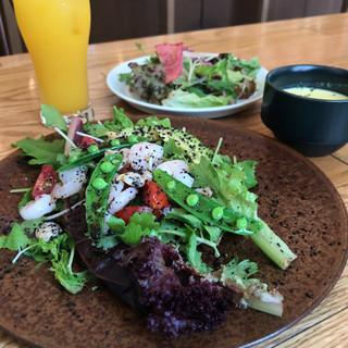 スモーブロー キッチン ナカノシマ