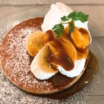 マカマカ - セットのパンケーキ メイプルソース