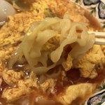 中国ラーメン 揚州商人 - 刀切麺のアップ