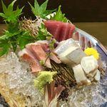 おかもと - お造り五種盛り   綺麗ですね。太刀魚の刺身が食べられるのも新鮮そのもの❤️