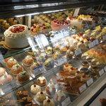 パティスリープラネッツ - 綺麗なケーキばかりだ