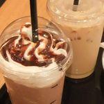アマンダコーヒーズ - 「モカフロペティー(430円)」と「ヘーゼルナッツラテ(390円)」