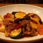おぼんdeごはん - 国産牛肉とズッキーニのトマト炒め