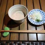 恵比寿 箸庵 - クルミつゆ