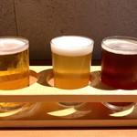 カドウシ熟成焼肉とクラフトビール - 3種飲み比べ(地ビール独歩 ピーチピルス + 東京フルーツパーラー はるか + VECTOR BREWING 肉専用!カーニバルIPA)