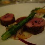 レザンファン ギャテ - アヴァロン産仔羊背肉ロースト ブラッドオレンジで煮込んだもも肉のラヴィオリ