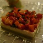 レザンファン ギャテ - 苺のサラダとバニラのバヴァロアのテリーヌ仕立て