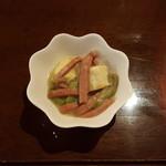 琉球御殿 - ヘチマと豆腐