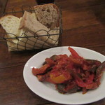 ビストロガブリ - 「ラタトゥイユ」とパン