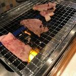 和牛専門店生ホルモン ちえちゃん - 宮崎牛ロース焼き焼き(^^♪