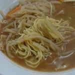 甲田 - ちょうど良い麺の茹で具合。