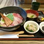 海鮮酒場 喰海 - 漁師丼(出汁)法蓮草おひたし&茄子の揚げ浸し