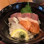 おでん惣菜 如月 - 海鮮丼