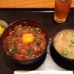 美食酒空間ごちそう家 - ステーキ丼セット(720円)