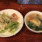中華料理 八戒 - サラダ、スープも付いてるよー