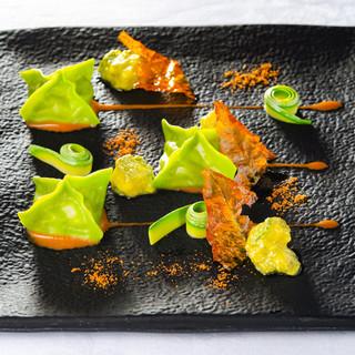 現代的手法を加えたイタリア伝統料理コース【スタジオーネ】