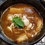 87249765 - 牛肉汁つけ麺 小盛