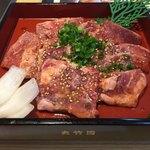 夾竹園 - 料理写真:ロース中トロ(中トロ定食 200g)