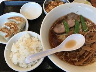 香湯ラーメン ちょろり 恵比寿店 - 850円で素晴らしい充実