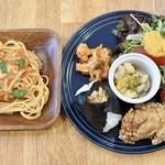 パニーノーニ - 料理写真:パスタ&おむすびのハーフプレート