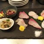 俺の魚を食ってみろ!! - 刺身 厳選六種盛合せは、スズキ、真鯛、水蛸、カンパチ・・・