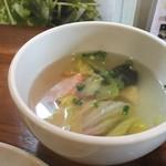 Sukhontha Cafe - 野菜スープ