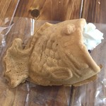 アスリートのおやつ - たい焼き/あんこホイップ 300円(税込)