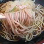 山七 - 麺アップ