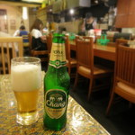 ガパオ - チャーンビール550円