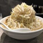 麺処 湊生 - 角ふじ麺+男盛(野菜マシマシ)