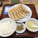 87269070 - ダブル餃子定食♪