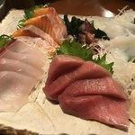 みなと寿司 - 刺身盛合せアップ